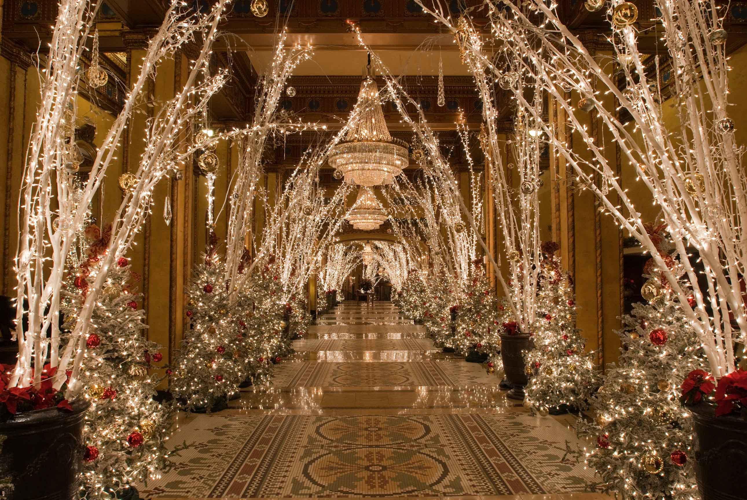 Decorazioni di natale idee per hotel e ristoranti for Decorazione natalizia per porta
