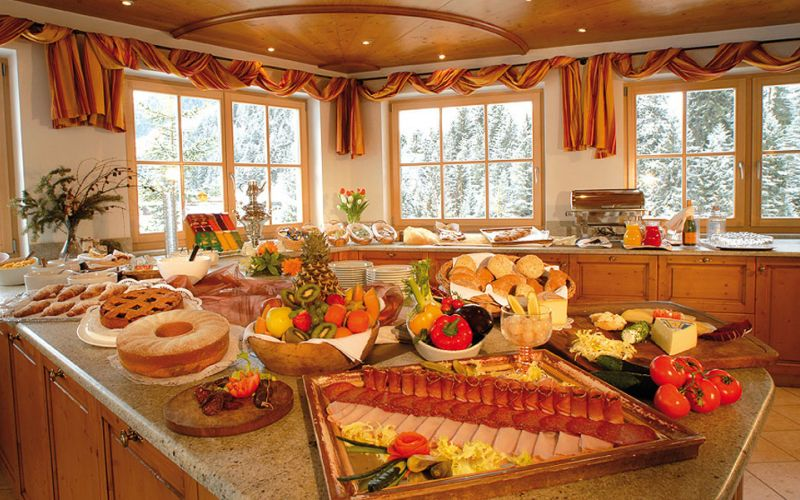idee-buffet-breakfast-hotel-2