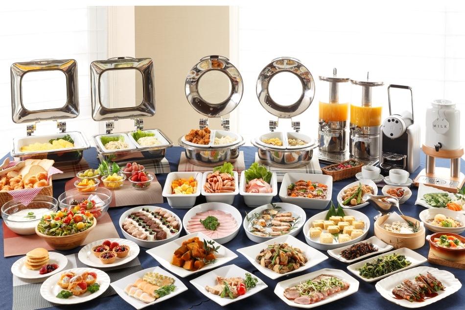 Colazione a buffet alcuni consigli utili per stupire i - Tavole apparecchiate per buffet ...